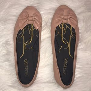 Sam & Libby pink flats with bow size 8